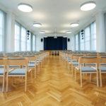 Stackable-chairs_saalitoolid_Juhlasalin-tuolit_Stapelstühlen 80_5