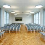 Stackable-chairs_saalitoolid_Juhlasalin-tuolit_Stapelstühlen 80_1